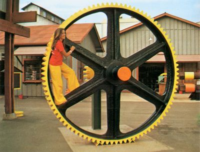 'Kahuku Sugar Mill' from the web at 'http://www.gutenberg.org/files/33355/33355-h/images/illus-027b.jpg'
