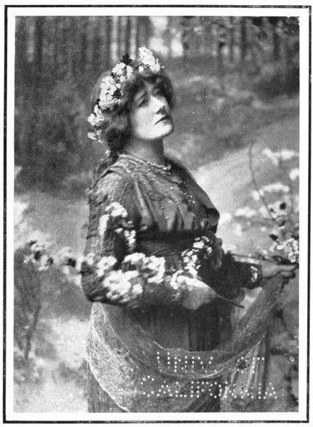 The Project Gutenberg eBook of Ellen Terry And Her Sisters